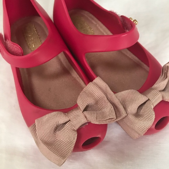 7374ad4549 mini melissa girls shoes. M_5c708141194dad650972b1ac